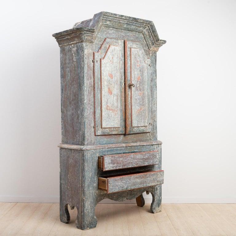 18th Century Swedish Folk Art Cupboard For Sale 3