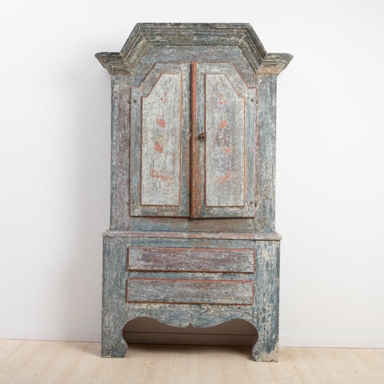 18th Century Swedish Folk Art Cupboard For Sale 4
