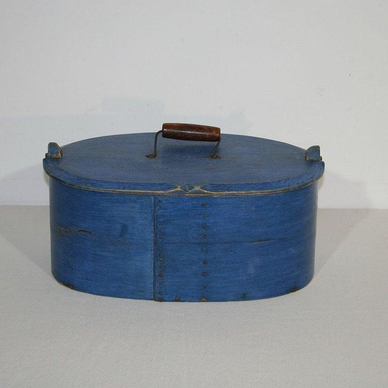 18th Century Swedish Folk Art Painted Bentwood Box For Sale 6
