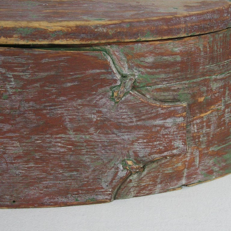 18th Century Swedish Folk Art Painted Bentwood Box For Sale 7