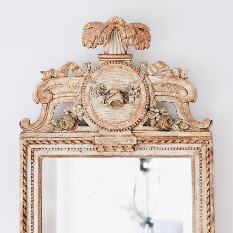 18th Century Swedish Gustavian Giltwood Mirror In Good Condition For Sale In Helsingborg, SE