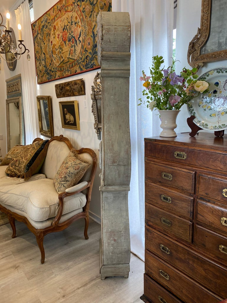 18th Century Swedish Gustavian Mora Clock In Good Condition For Sale In Doylestown, PA
