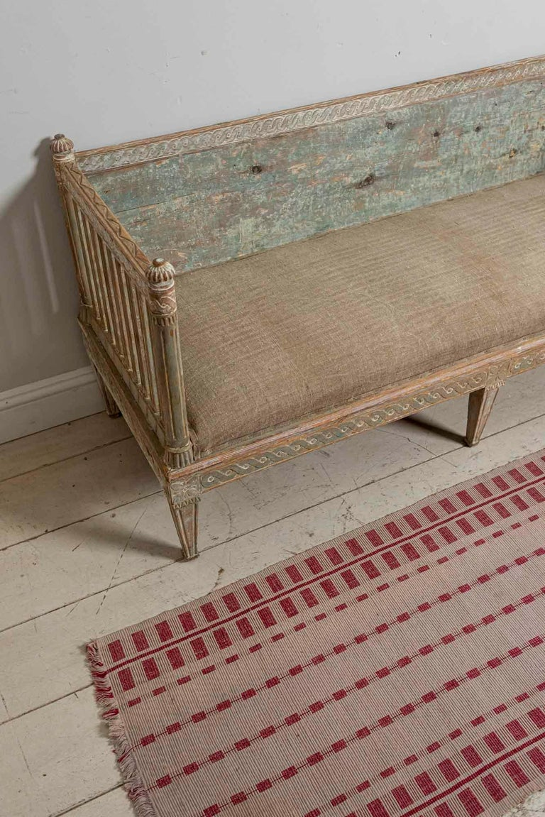 18th Century Swedish Gustavian Painted Carved Detail Slatted Sofa For Sale 13