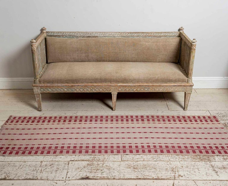 18th Century Swedish Gustavian Painted Carved Detail Slatted Sofa For Sale 16