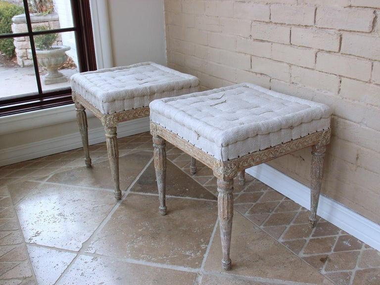 18th Century Swedish Gustavian Pair of Foot Stools or Benches in Original Paint For Sale 1