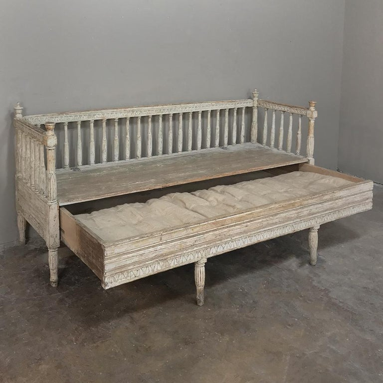 Hand-Crafted 18th Century Swedish Gustavian Period Day Bed, Hall Bench, circa 1790