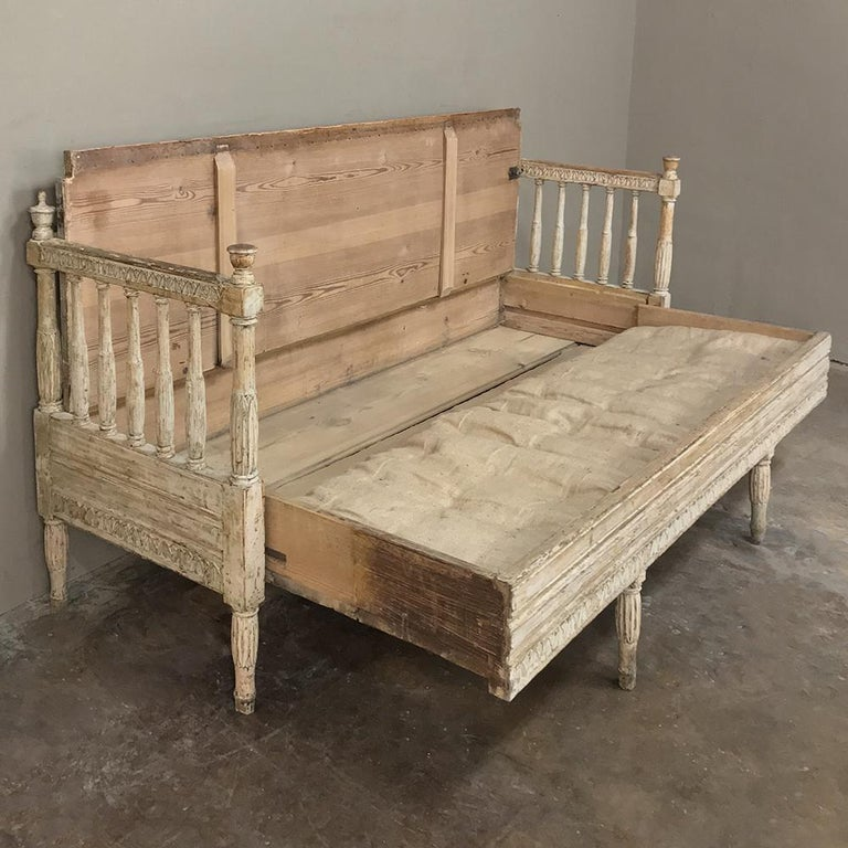 18th Century Swedish Gustavian Period Day Bed, Hall Bench, circa 1790 3