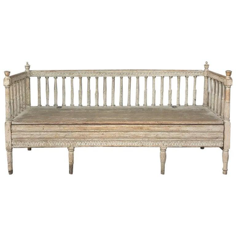 18th Century Swedish Gustavian Period Day Bed, Hall Bench, circa 1790