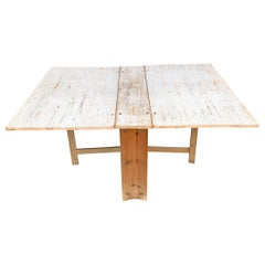 18th Century Swedish Gustavian Period Gateleg Table