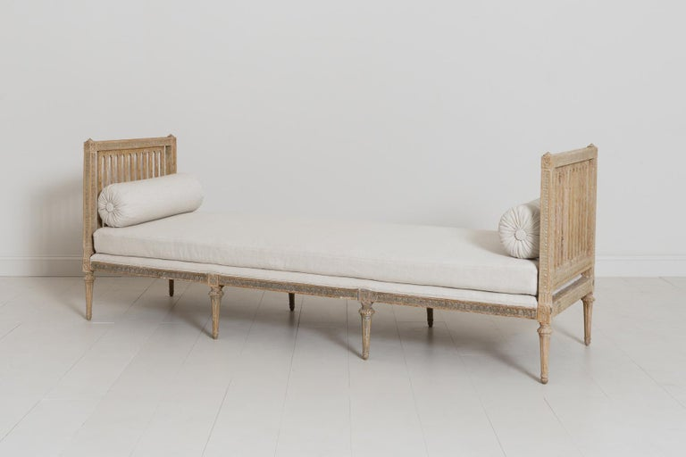 18th Century Swedish Gustavian Period Original Paint Daybed by Johan Lindgren For Sale 6