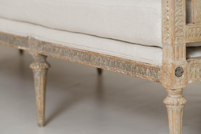 18th Century and Earlier 18th Century Swedish Gustavian Period Original Paint Daybed by Johan Lindgren For Sale
