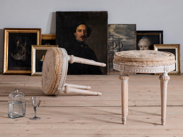 18th Century Swedish Gustavian Stools In Good Condition For Sale In Helsingborg, SE