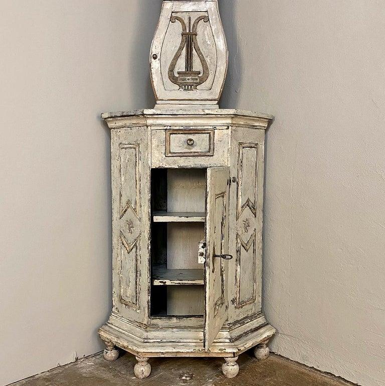 18th Century Swedish Mora Long Case Corner Clock For Sale 5
