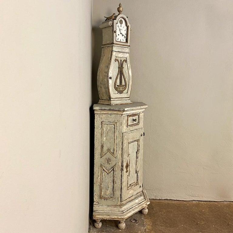 Hand-Painted 18th Century Swedish Mora Long Case Corner Clock For Sale