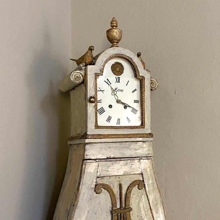 18th Century Swedish Mora Long Case Corner Clock In Good Condition For Sale In Dallas, TX