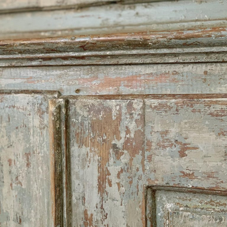 18th Century Swedish Painted Buffet a Deux Corps For Sale 7