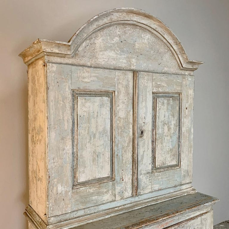 Pine 18th Century Swedish Painted Buffet a Deux Corps For Sale