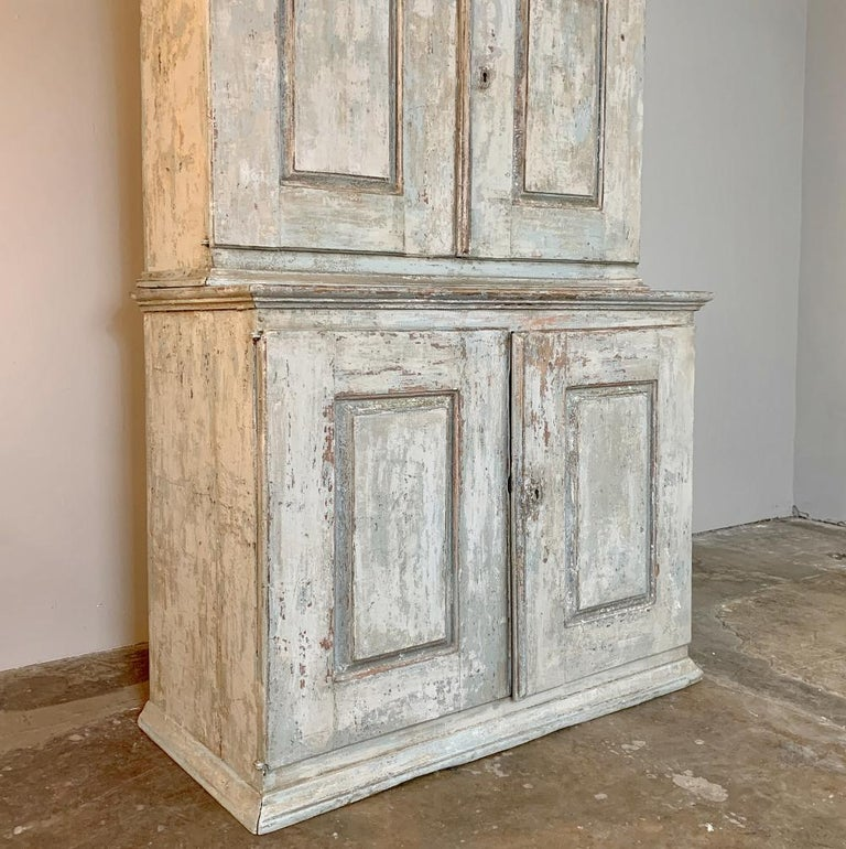 18th Century Swedish Painted Buffet a Deux Corps For Sale 1