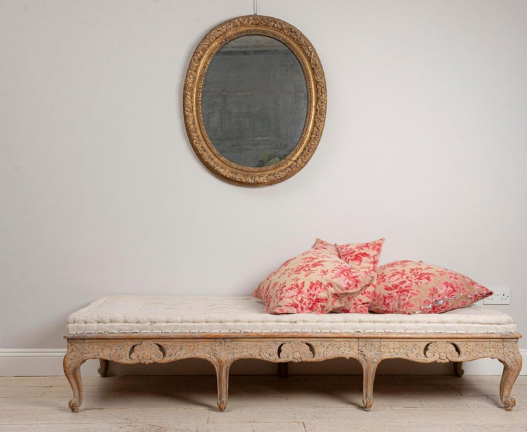 18th Century Swedish Painted Rococo Carved Decorative Scrolled Stool or Bench For Sale 4