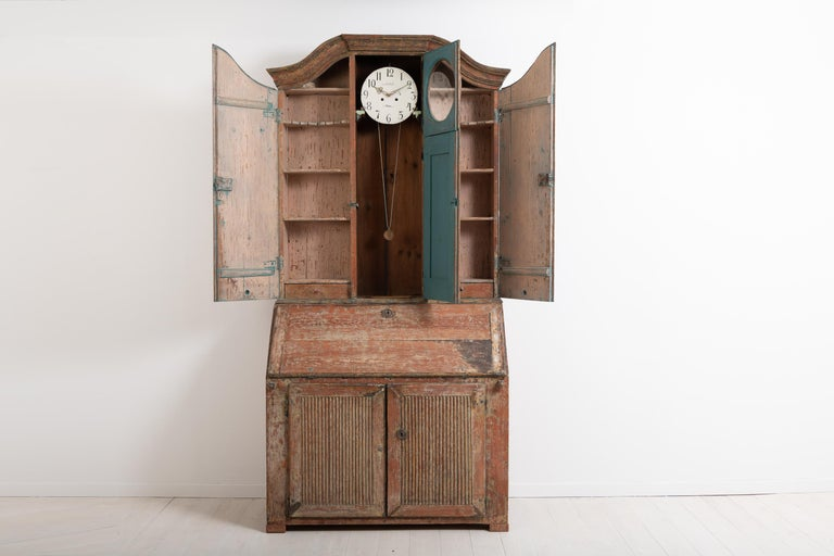 Pine 18th Century Swedish Rococo Clock Secretary For Sale