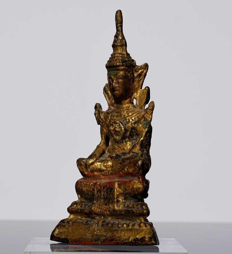 Agra 18th Century Thai Gilt Bronze Buddha Statue For Sale