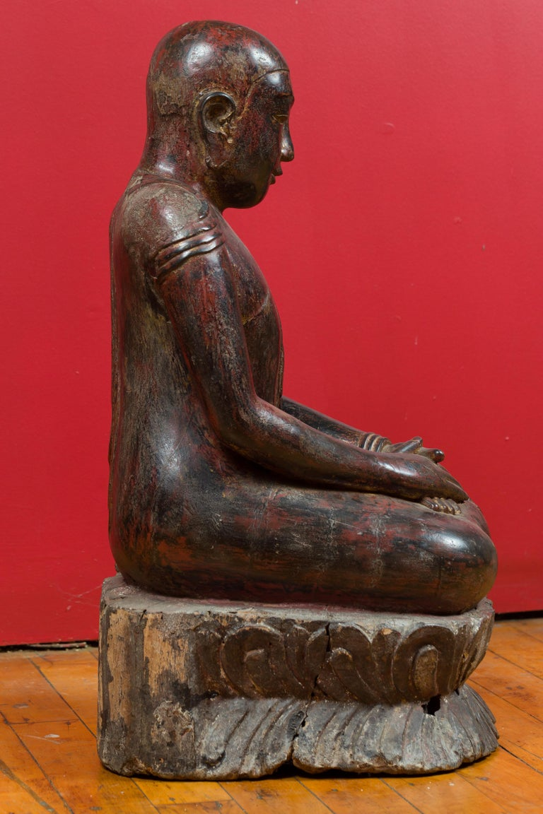 18th Century Thai Hand Carved Lacquered Wood Sculpture of a Seated Monk For Sale 5