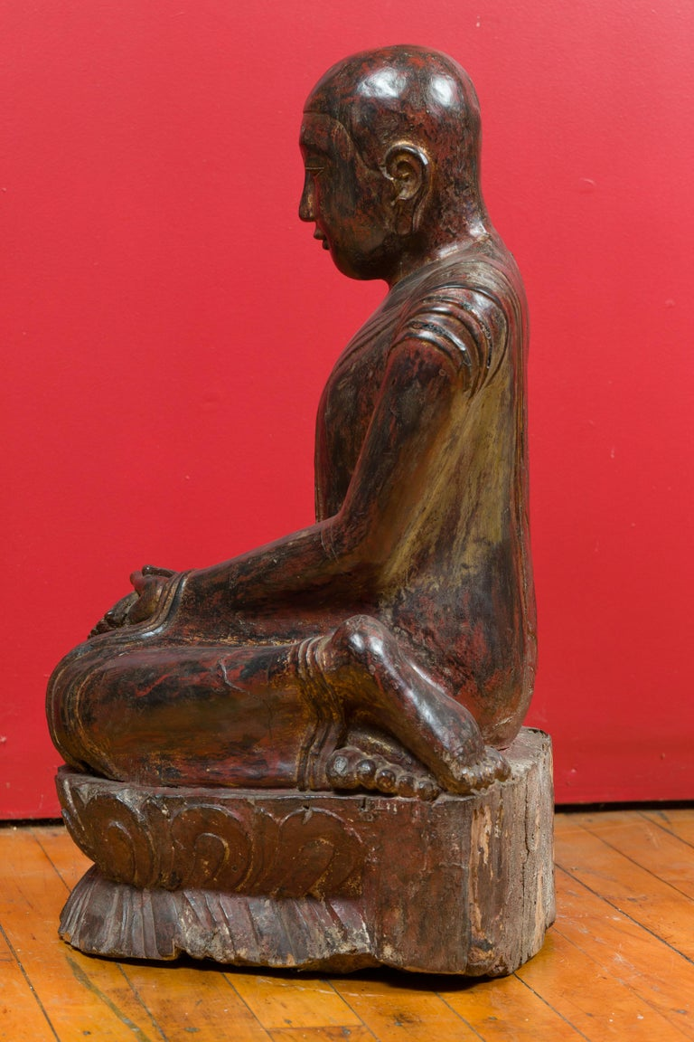 18th Century Thai Hand Carved Lacquered Wood Sculpture of a Seated Monk For Sale 7