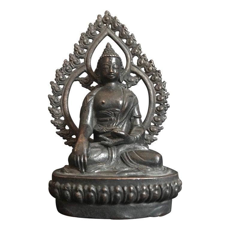 18th Century Tibetan Bronze Shakyamuni Buddha For Sale