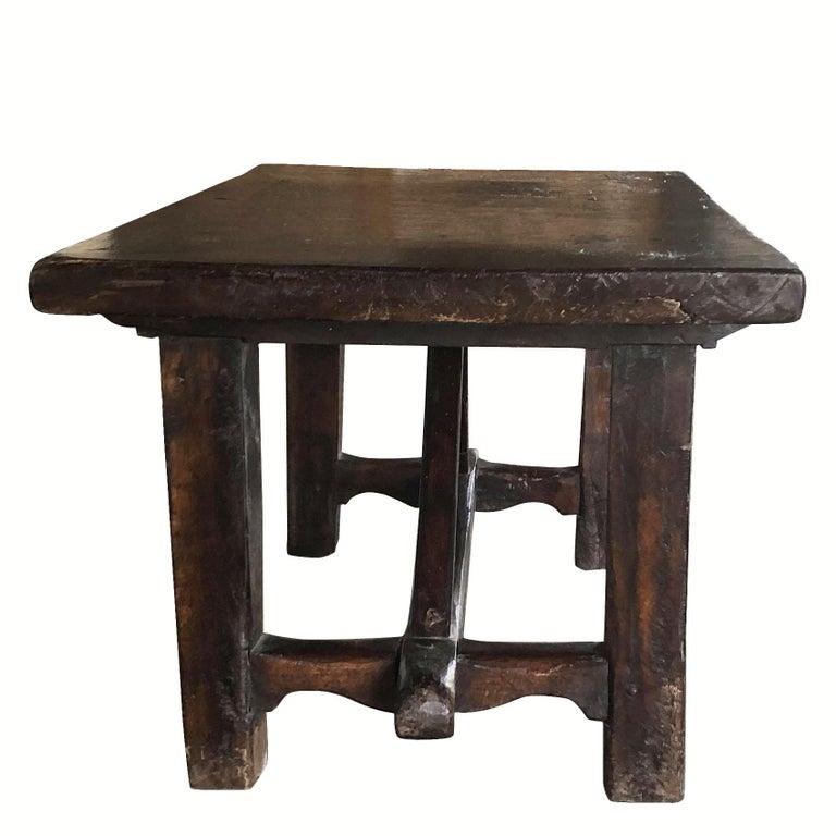 18th Century Tuscan Walnut Kitchen Table, Italian Dark Waxed Farm Table For Sale 2