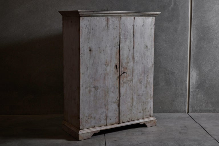 Italian painted cabinet with original lock and key. Made in Italy, circa 18th century.