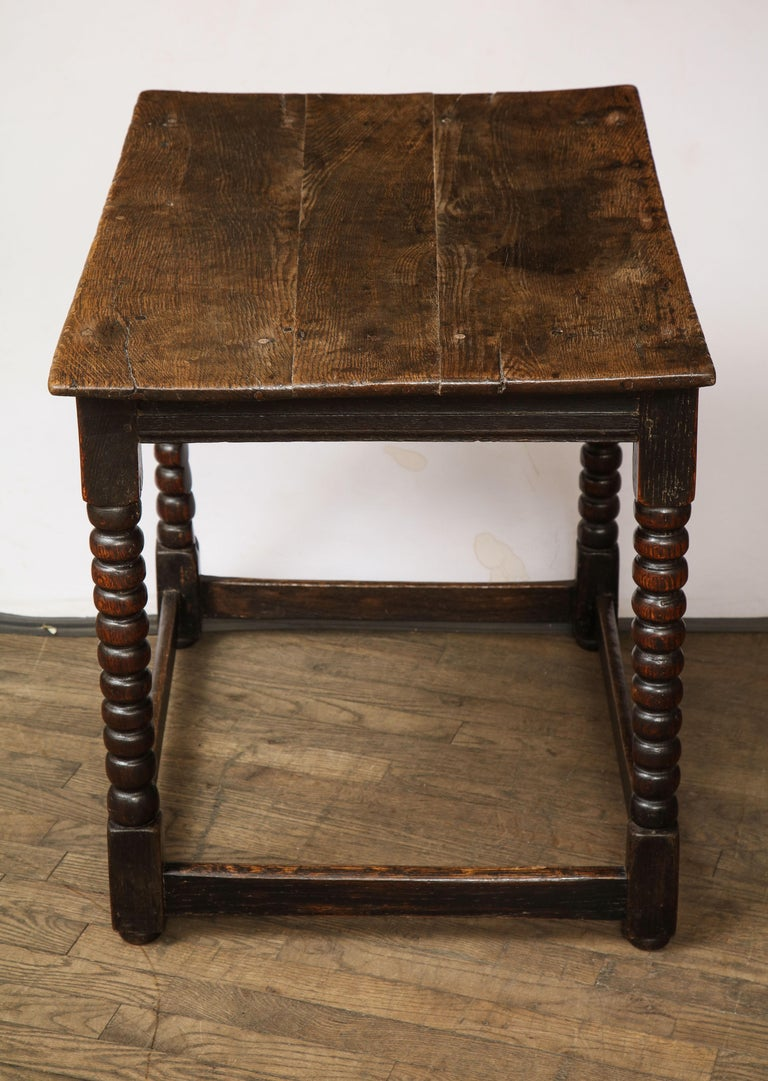 18th Century Twisted Leg Table In Good Condition For Sale In New York, NY