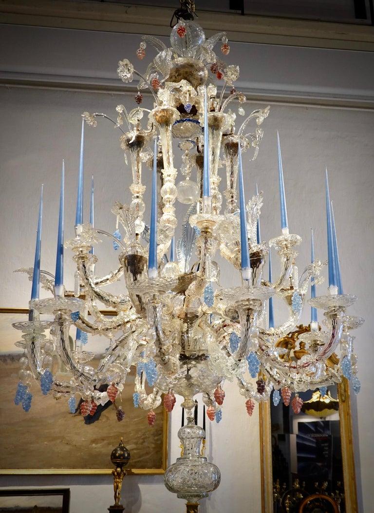 18th Century Venetian Chandelier of Impressive Proportions For Sale 1