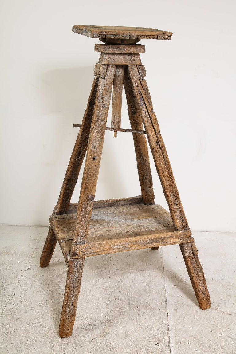 18th Century Venetian Wood Sculpture Stand For Sale 7