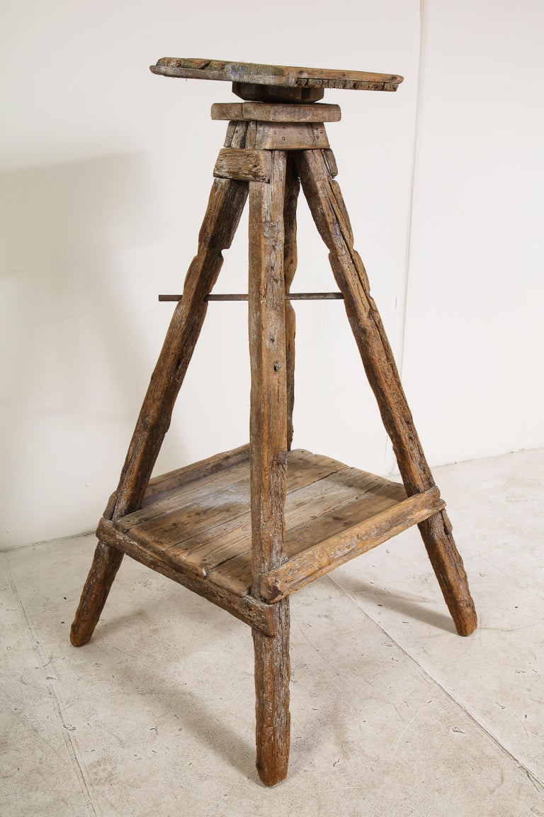 18th Century Venetian Wood Sculpture Stand For Sale 8