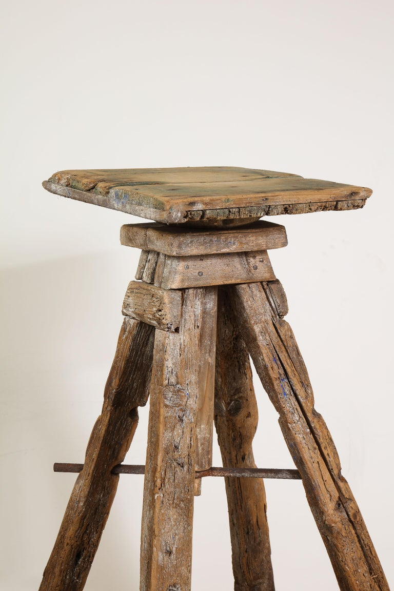 18th Century Venetian Wood Sculpture Stand For Sale 10