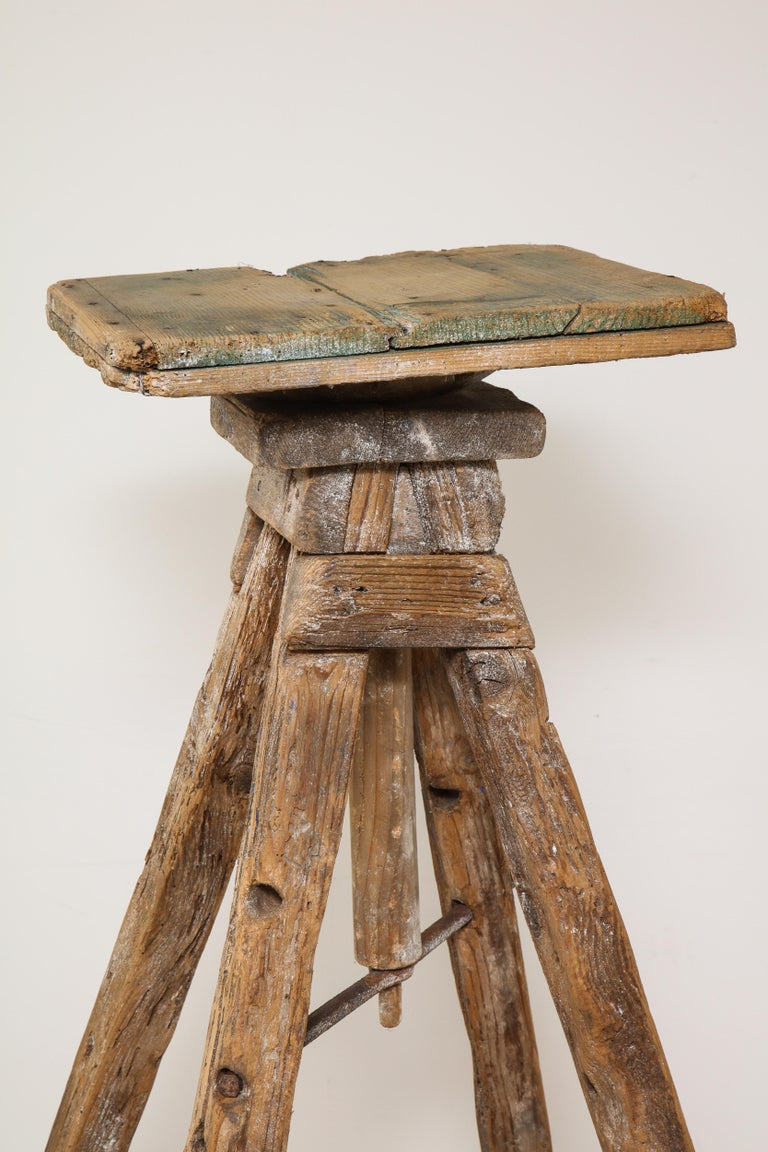 18th Century Venetian Wood Sculpture Stand For Sale 1