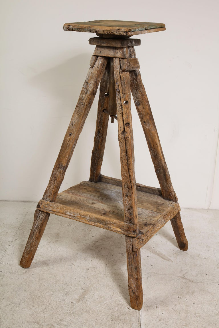 18th Century Venetian Wood Sculpture Stand For Sale 2