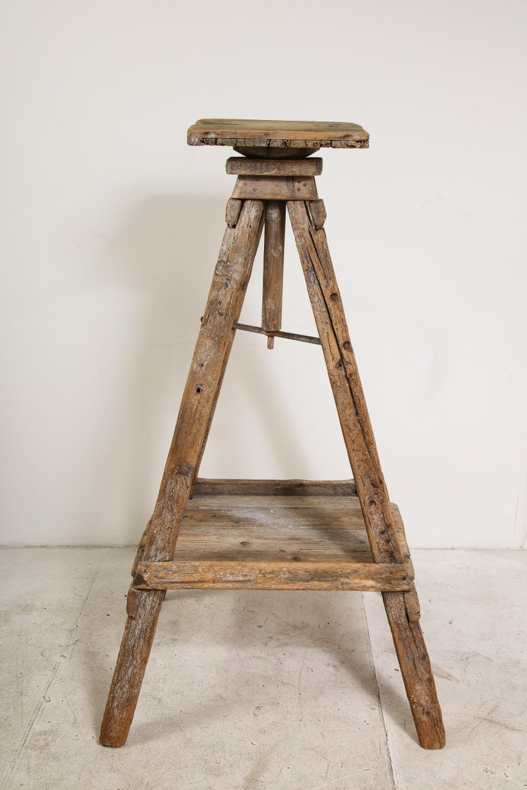 18th Century Venetian Wood Sculpture Stand For Sale 4