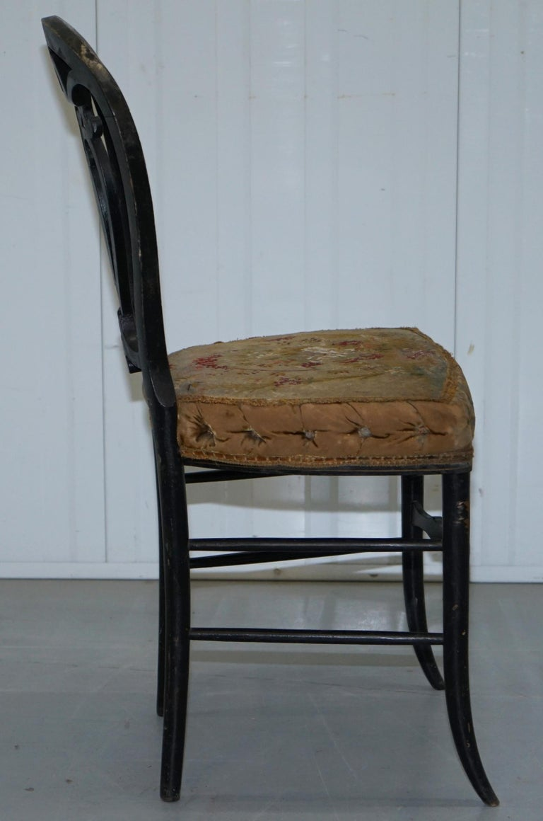 18th Century Very Rare Early Georgian Hand Painted Chinoiserie Ebonized Chair For Sale 5