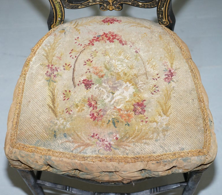Fruitwood 18th Century Very Rare Early Georgian Hand Painted Chinoiserie Ebonized Chair For Sale