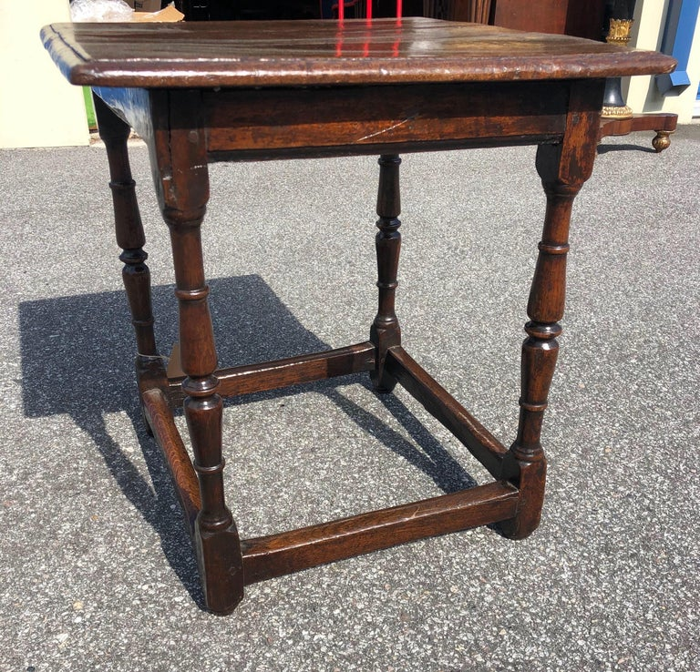 18th Century Welsh Oak Tavern Table For Sale 2