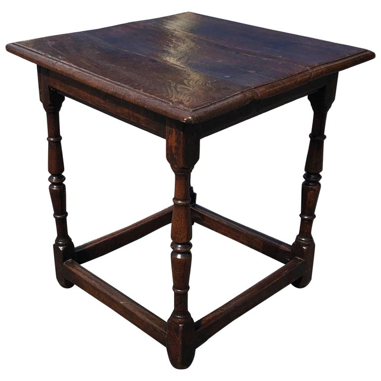 18th Century Welsh Oak Tavern Table For Sale