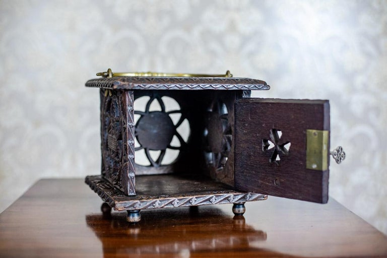 18th Century Wooden Foot Warmer In Good Condition For Sale In Opole, PL