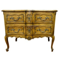 18th Chest of Drawers, commoda ,Walnut, Commoda de Chateau