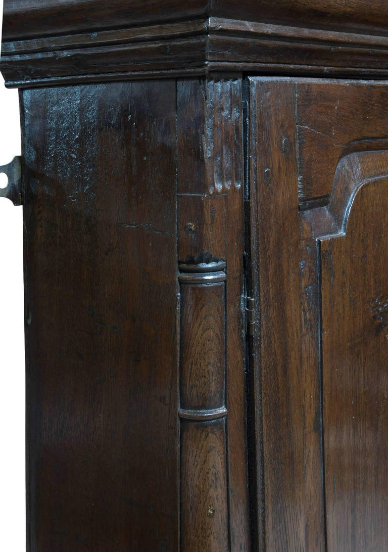 18th Century Welsh Oak Hanging Cupboard 5