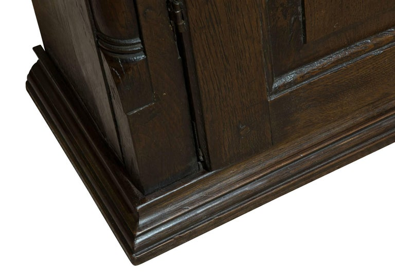 18th Century Welsh Oak Hanging Cupboard 8