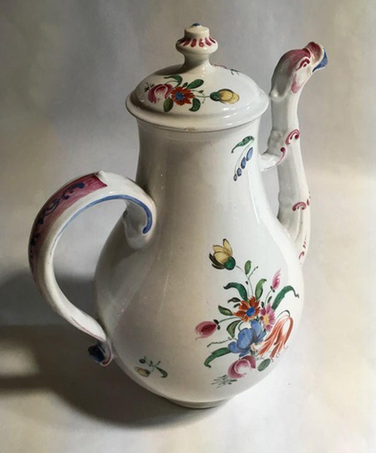 Richard Ginori Porcelain Coffee Pot Multi-Color Country Flowers Decor In Good Condition For Sale In Brescia, IT