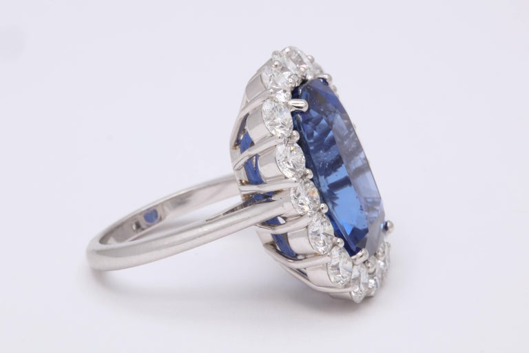 Women's 19 Carat Ceylon No Heat Sapphire and Diamond Ring For Sale