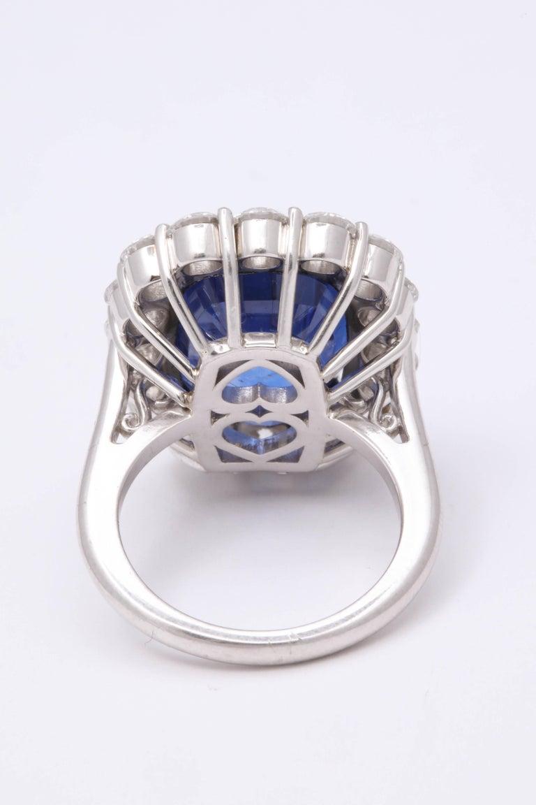 19 Carat Ceylon No Heat Sapphire and Diamond Ring For Sale 1