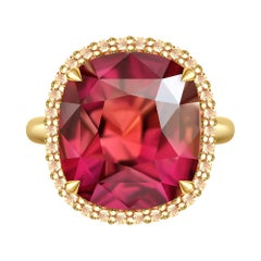 19 Carat Tourmaline Champagne Diamonds 18 Karat Yellow Gold Cocktail Ring